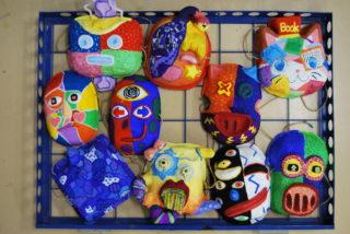国際バカロレア:美術で仮面を作りました。(IB MYP Arts)